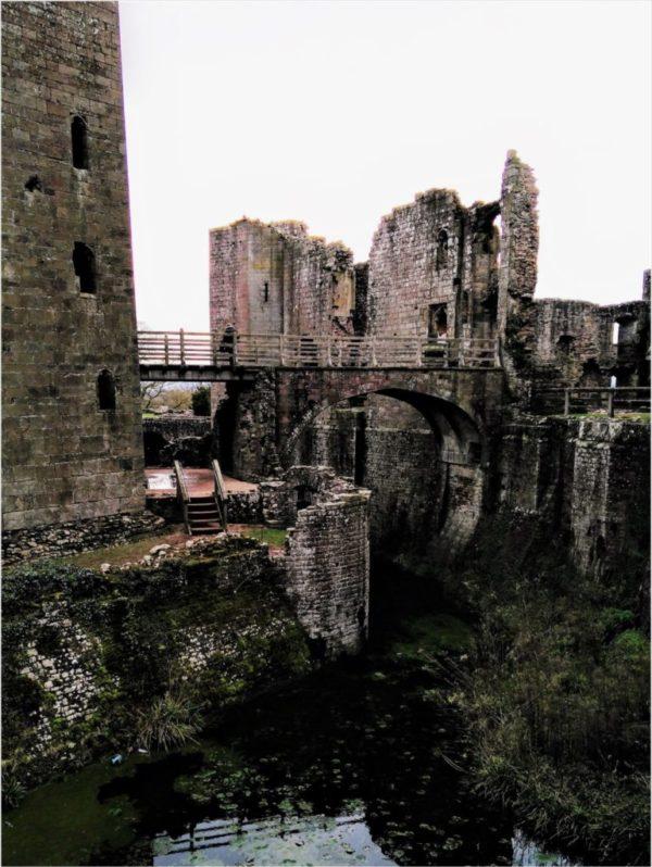 Wales castle raglan castell raglan