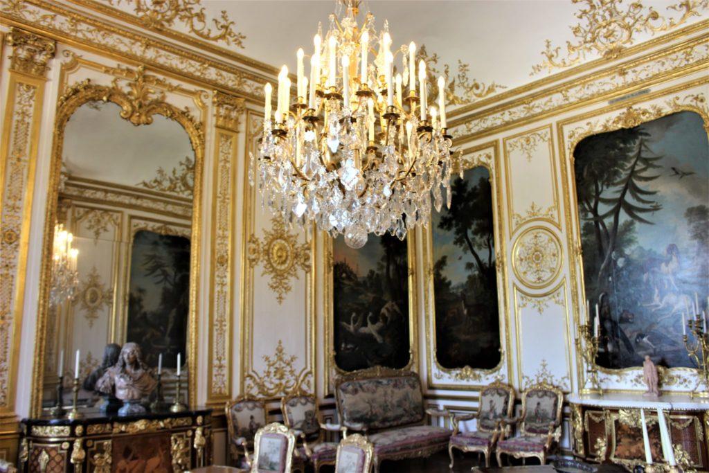 Palais Chantilly palace